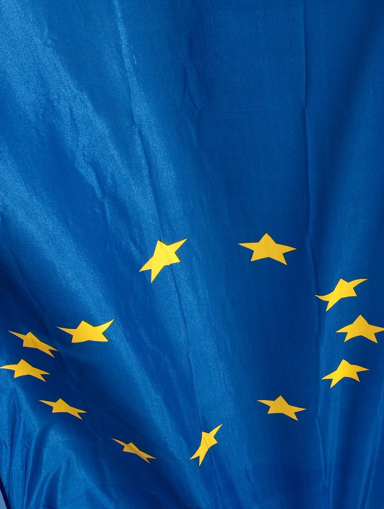 eu-flag-1568439-1279×1697